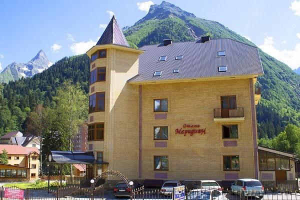 вид на отель.jpg