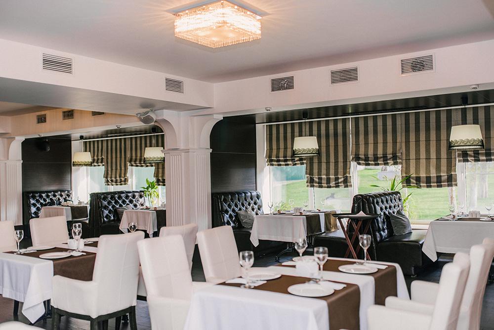 ресторан отель Зихия.jpg